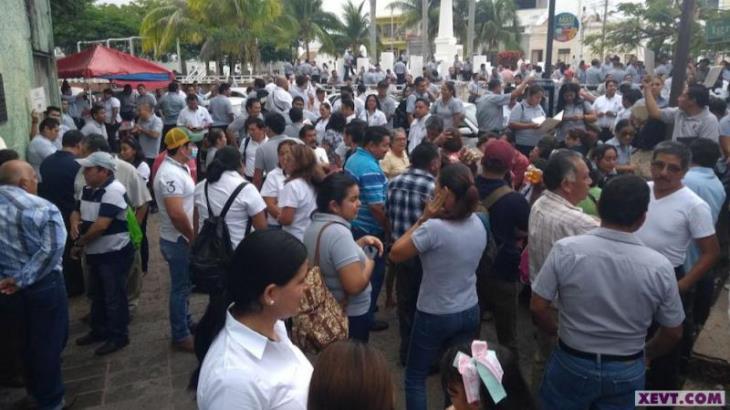 STAIUJAT emplaza a huelga a la universidad; pide 20% de aumento salarial