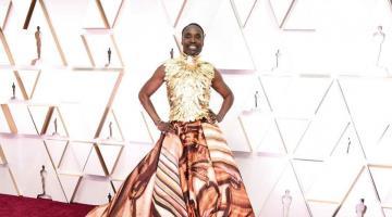 Así lucen algunos famosos a su paso por la alfombra roja de los Oscars