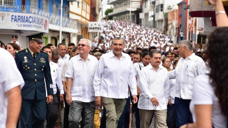 Conmemoran 107 aniversario de la Marcha de la Lealtad