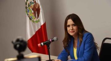 La alcaldesa de Escobedo NL, Clara Flores Carrales, renuncia al PRI tras 22 años de militancia