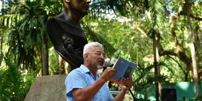 Conmemoran 43 aniversario luctuoso del poeta de América, Carlos Pellicer