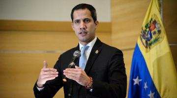 Llama Juan Guaidó a fuerzas armadas de Venezuela a derrocar a Nicolás Maduro
