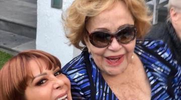 Anuncia Alejandra Guzmán que Silvia Pinal está fuera de peligro