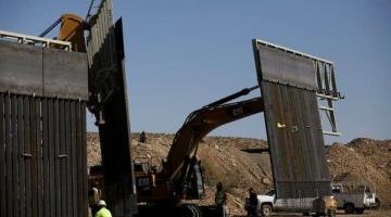 Suspenderá gobierno de Trump leyes para avanzar en la construcción del muro