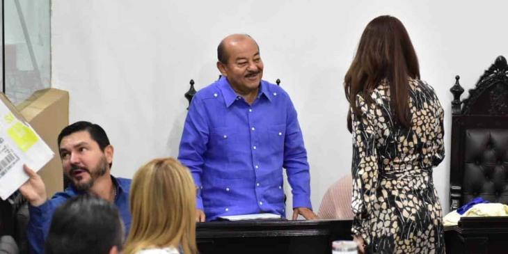 Lamenta Patricia Hernández que Agustín Silva haya revelado el acuerdo para removerlo de la coordinación perredista en el legislativo local