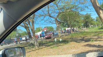 Anuncian habitantes de Buenavista cierre de vialidad por problemas con el agua potable