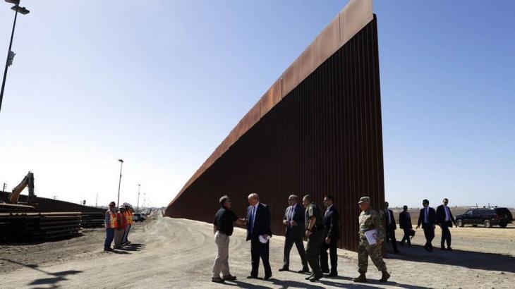 Advierten legisladores al Pentágono que habrá consecuencias si desvía recursos para la construcción del muro