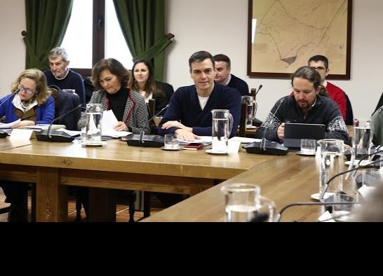 España abre diálogo con Cataluña para atender crisis política