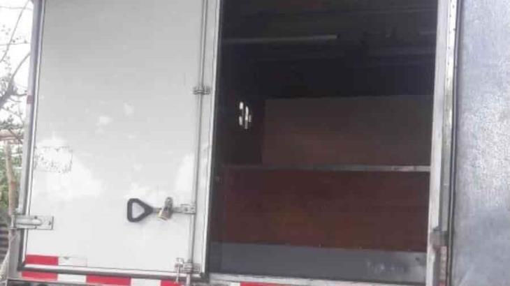 Recuperan en la ranchería Estancia Vieja camioneta robada con violencia