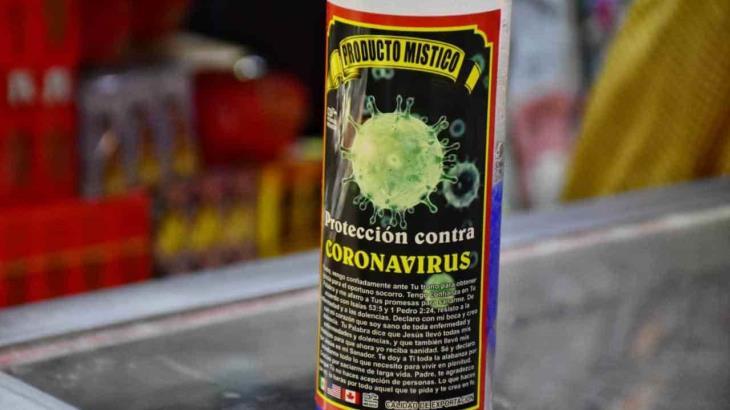 Venden en el mercado Pino Suárez veladora para protegerse del coronavirus