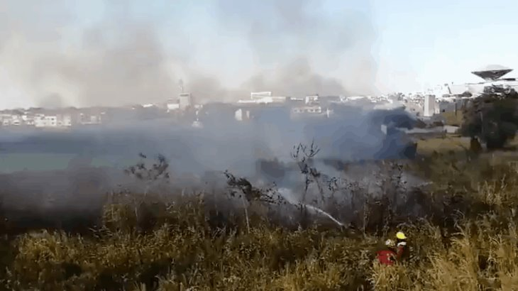 Se incendian pastizales en Villahermosa