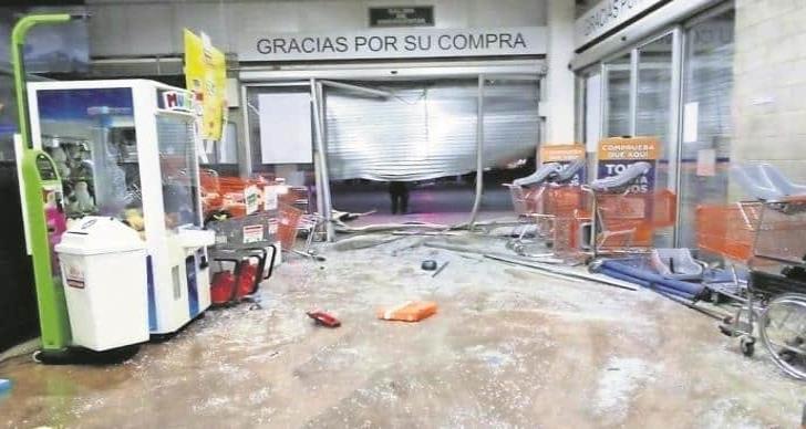 Saquean tienda de autoservicio en EDOMEX en medio de la crisis por el coronavirus
