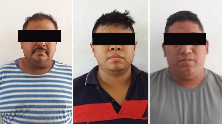 Detienen en Tenosique a tres sujetos que robaron una camioneta del INSABI
