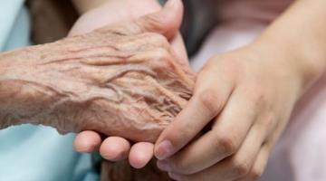Abuelito con 101 años de edad, vence el COVID-19 en Italia