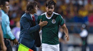 Te voy a parar a patadas, advierte Almeyda a Pizarro