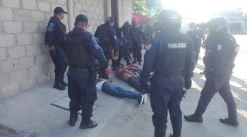 Detienen a tres sujetos tras atentar contra un policía en Bosques de Saloya