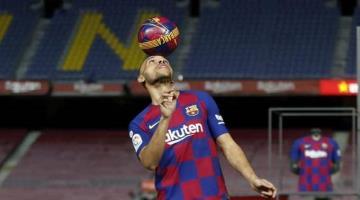 Jugadores del Barcelona se bajan sueldo 70%
