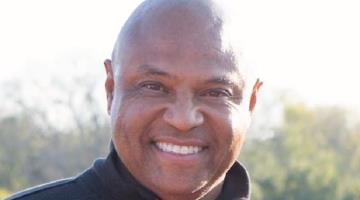 Muere por COVID-19 ex futbolista de la NFL