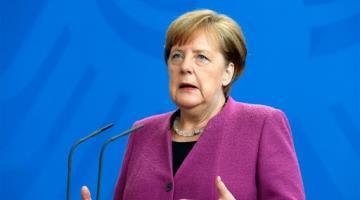 Da canciller alemana Angela Merkel negativo a tercera prueba de coronavirus