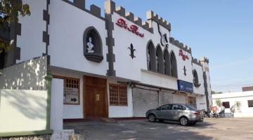 Sujetos armados asaltan pizzería Di Bari; se llevan 90 mil pesos
