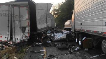 Dos muertos y seis heridos, deja accidente en la carretera Cárdenas-Coatzacoalcos