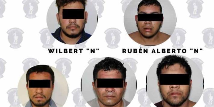 Capturan a cinco presuntos narco distribuidores en Punta Brava