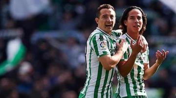 Lainez y Guardado reducen su sueldo para ´apoyar´ al Betis