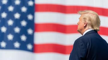 Trump anuncia nuevo operativo militar antidrogas en el hemisferio