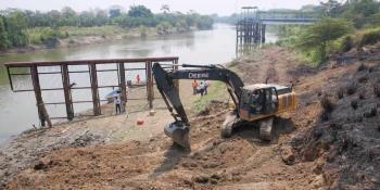 Desazolvan río Grijalva para garantizar agua en Villahermosa