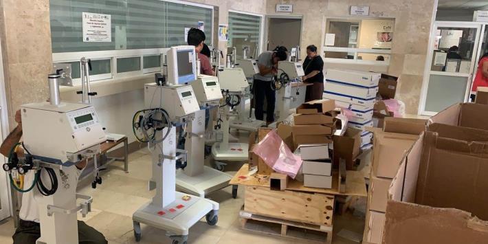 Reporta Adán Augusto adquisición de equipo médico para atención de pandemia
