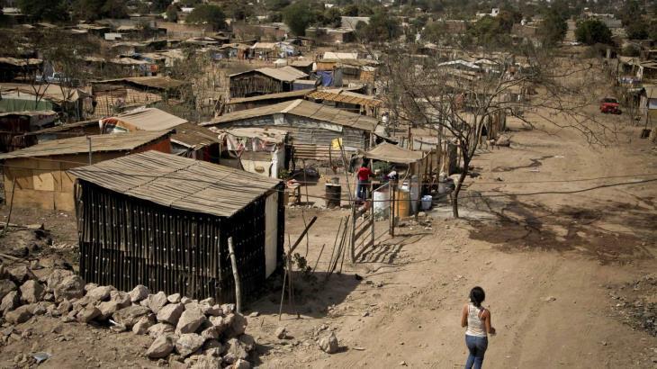 Pobreza extrema en México aumentaría a 15.9% tras pandemia de COVID-19, alerta CEPAL