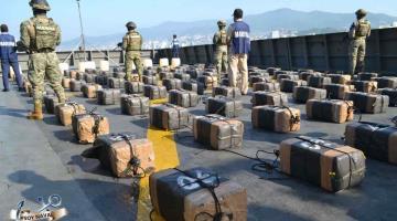Asegura SEMAR dos toneladas de aparente Cocaína y 500 litros de combustible en costas de Guerrero