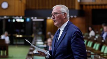 Canadá y EEUU extienden el cierre de su frontera a viajes no esenciales