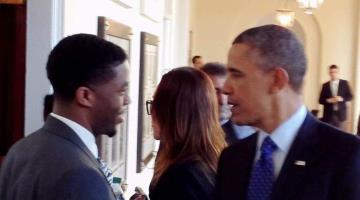 """Lamenta Obama muerte del actor de """"Black Panther"""", Chadwick Boseman; lo recuerda por su trabajo con los niños"""