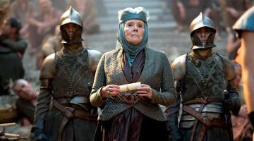 Muere Diana Rigg, actriz de Juego de Tronos