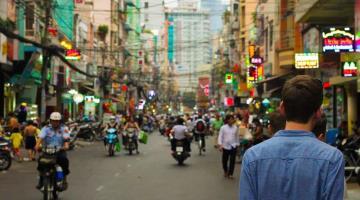 Alerta EU a sus ciudadanos sobre viajes a China y Hong Kong