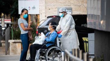 4 millones de trabajadores de la salud se han infectado de Covid-19 en el mundo: OMS