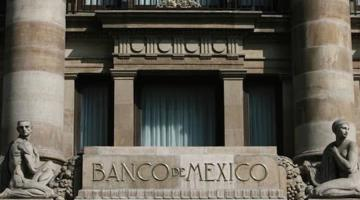 Prevé Banxico caída del PIB hasta en menos 9.3 por ciento en 2020