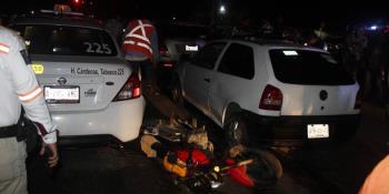 Carambola de autos deja dos personas lesionadas en Cárdenas