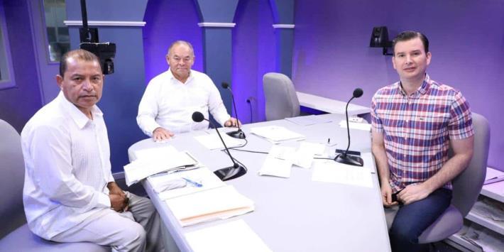 Romero Deschamps mantiene control del sindicato petrolero, acusa aspirante a la dirigencia nacional