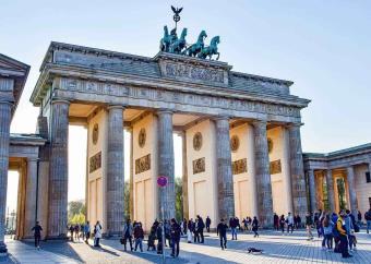 Relajará Alemania restricciones por Covid en Navidad y Año Nuevo