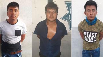 Capturan a sujetos que asaltaron un OXXO en Cárdenas; les decomisan armas