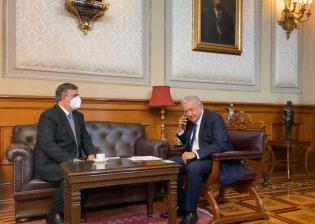 Felicita AMLO a Luis Arce, presidente electo de Bolivia