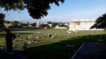 Sin visitantes, luce este Día de Muertos el Recinto Memorial de Villahermosa
