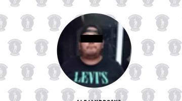 Policías aseguran a hombre por hechos de tránsito en la Villahermosa-Teapa