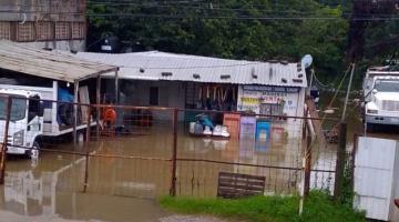 Reporta CANACO casi 200 comercios inundados en Centro, Nacajuca, Jalpa y Cunduacán