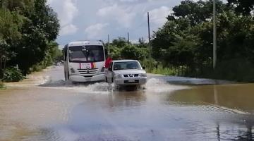 Reportan restablecimiento del paso para todo vehículo en la carretera Villahermosa-Nacajuca
