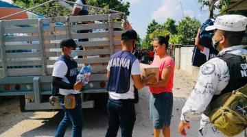 La Marina entrega la ayuda humanitaria por inundaciones, subraya Protección Civil