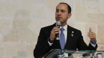 """Gobierno federal declaró enemigos a quienes prometió ayudar, señalan senadores tras dichos de """"inundar a los más pobres"""""""