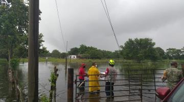 Lluvias torrenciales sorprenden con más inundaciones a Jalpa, Cunduacán y Comalcalco
